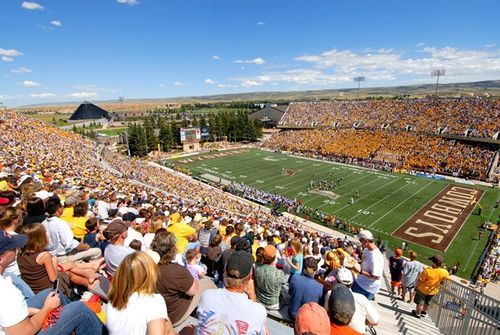 Wyoming Cowboys Google Search University Of Wyoming Football