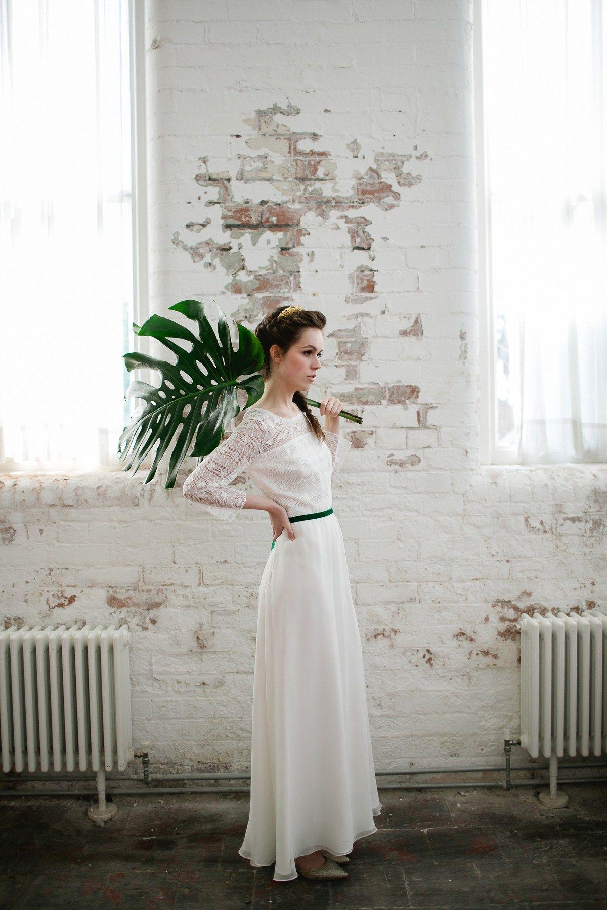 1970s wedding dress  Fresh modern botanical and us inspired bridal style