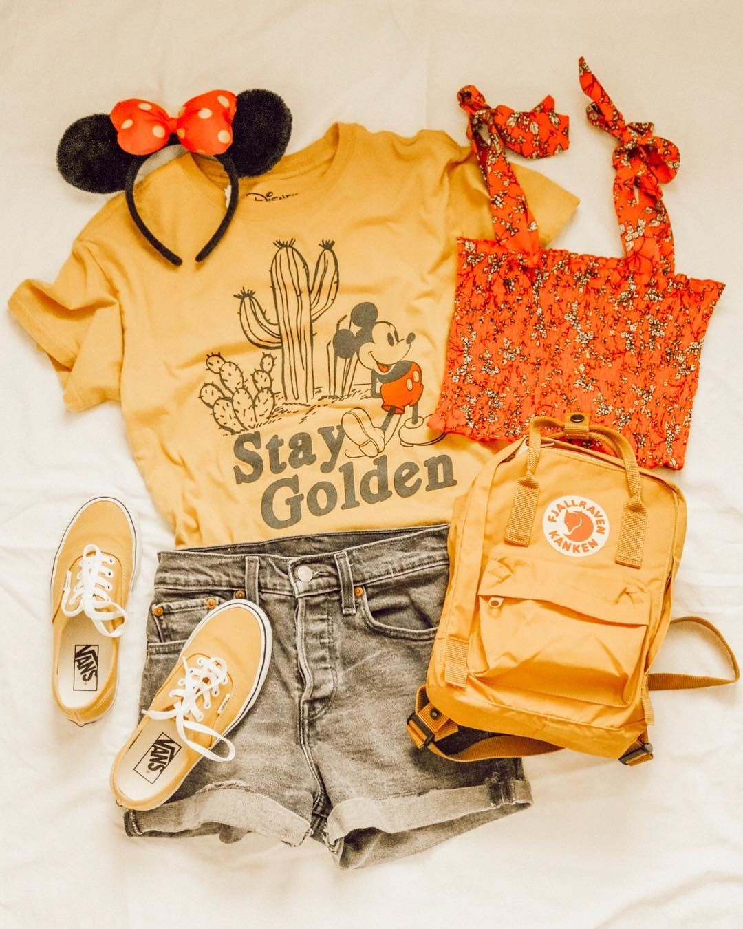 """07fad5e62aff I love this smocked tie-sleeve top to layer for summer... gives my favorite  graphic tees a whole new look! You can get this…"""""""