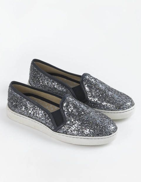 27a6afc1ab006b Slip-on Sneaker. I thought the ones on the board were too