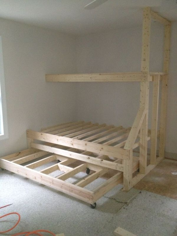 Built In Bunk Beds With Trundle Bed Can Sleep Many Without Taking Up Too Much Space Bunk Beds Built In Bunk Bed With Trundle Built In Bunks