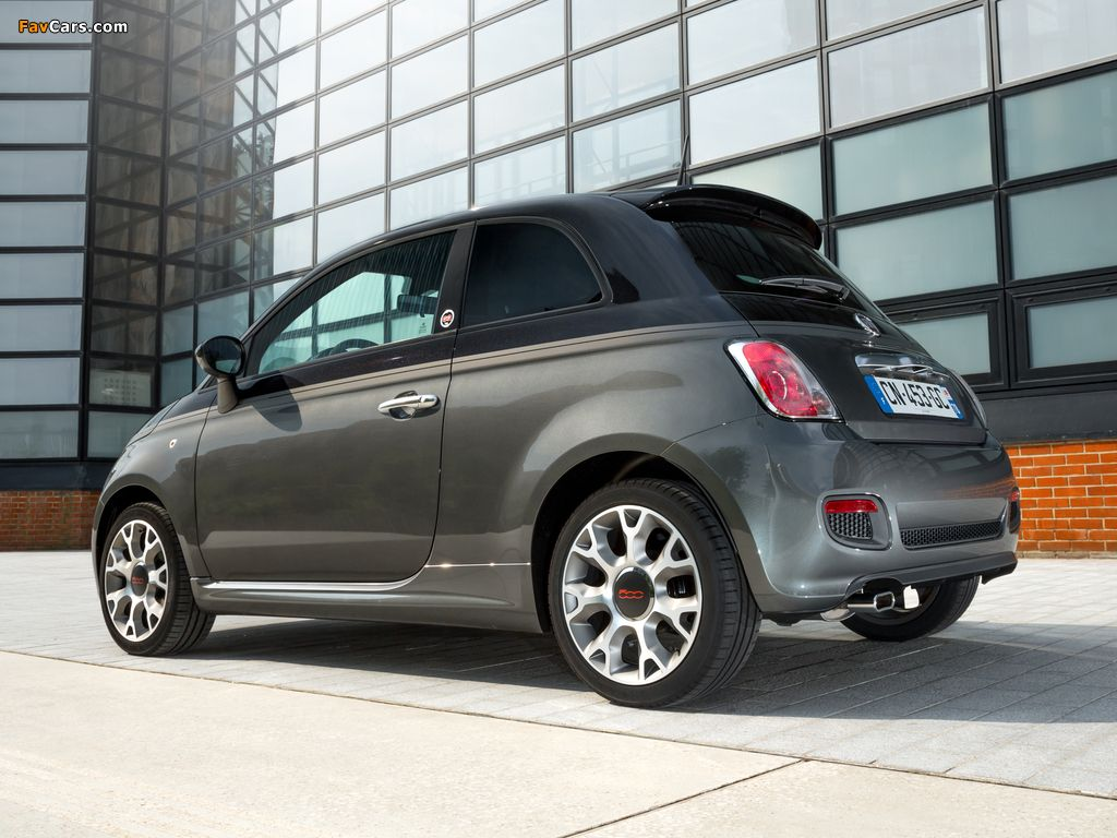 Leather Wrapped Steering Wheel Steer With Style The Fiat 500c