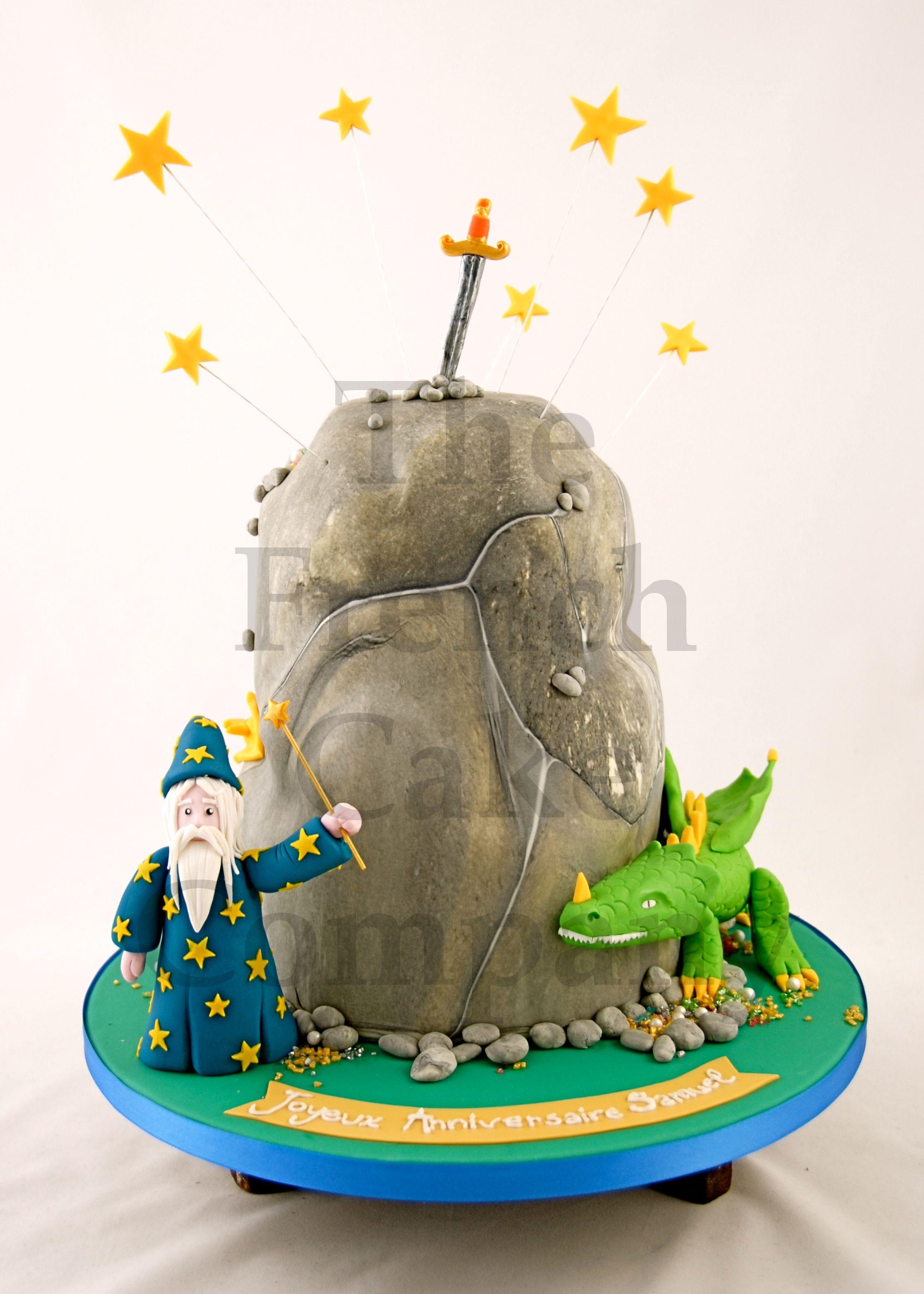 Cake for boys Gateau D anniversaire Pour Enfants Garcon Merlin l enchanteur