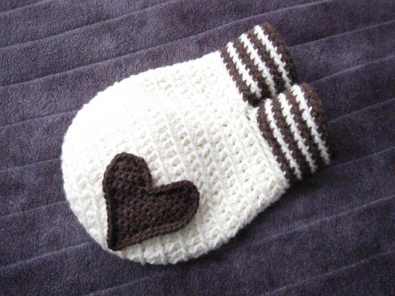 Partnerhandschuhe mit Herz* Der Partnerhandschuh hält verliebte ...
