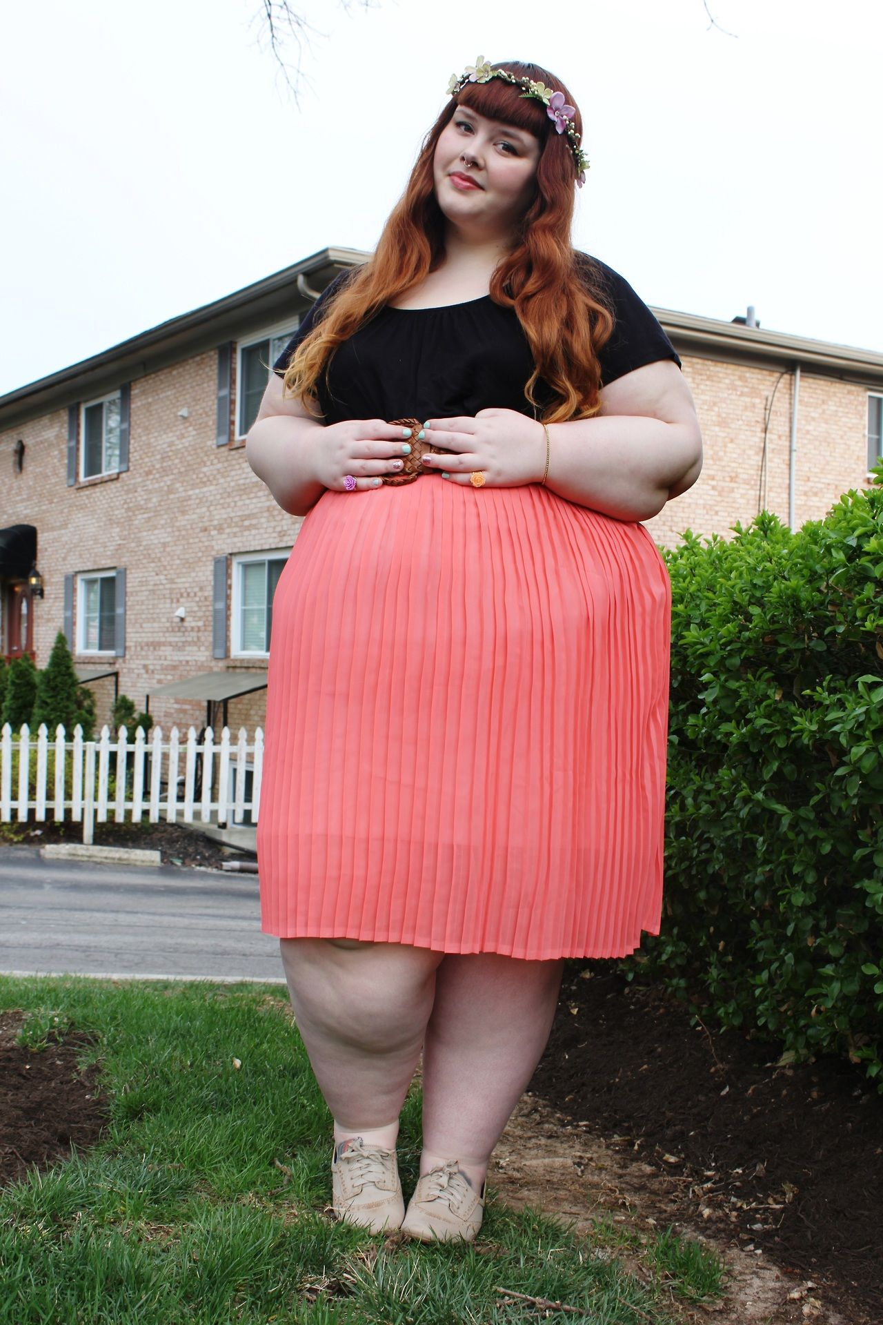 becca looks abfab in our lulu chiffon skirt & pretty flutter top