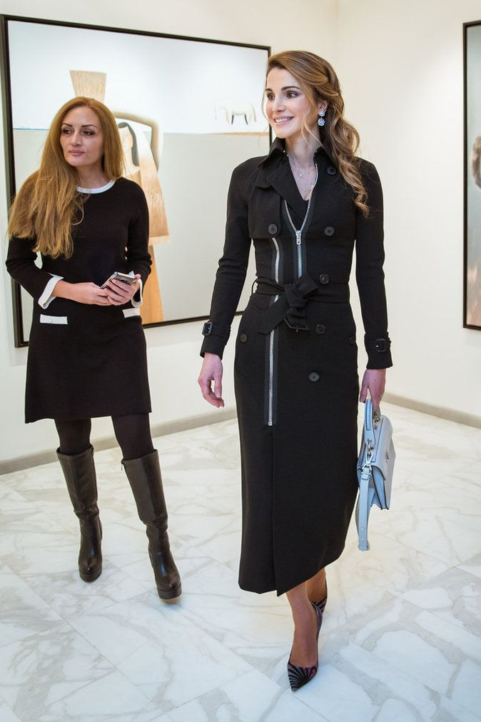 5 December 2016 - Queen Rania visits Orient Gallery in Amman - dress by Givenchy