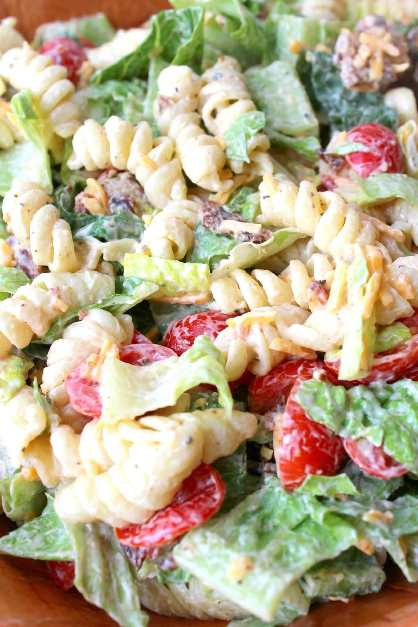 Easy Blt Pasta Salad Recipe In 2020 Pasta Salad Pasta Salad Recipes Blt Pasta Salad Recipes