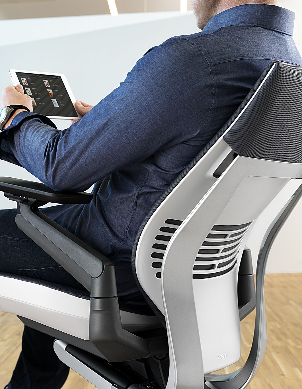 The Steelcase Gesture task chair, available in the Autumn