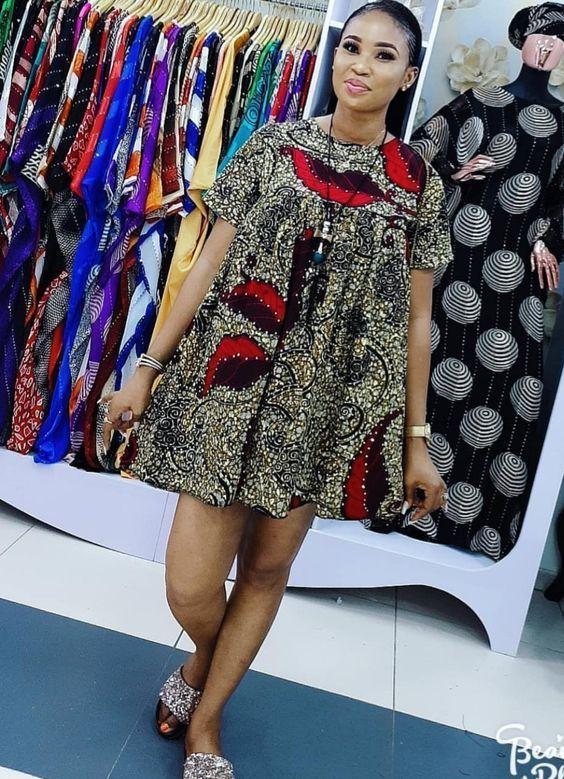 Beautiful Ankara Short Gown in 2019 - #africaine #Ankara #beautiful #gown #Short #afrikanischekleider
