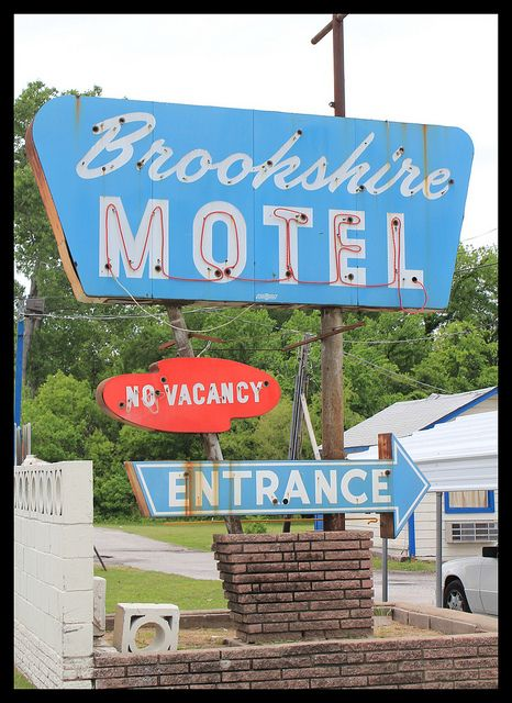 Brookshire Motel Neon Hotel Signs Motel Vintage Signs Old Signs