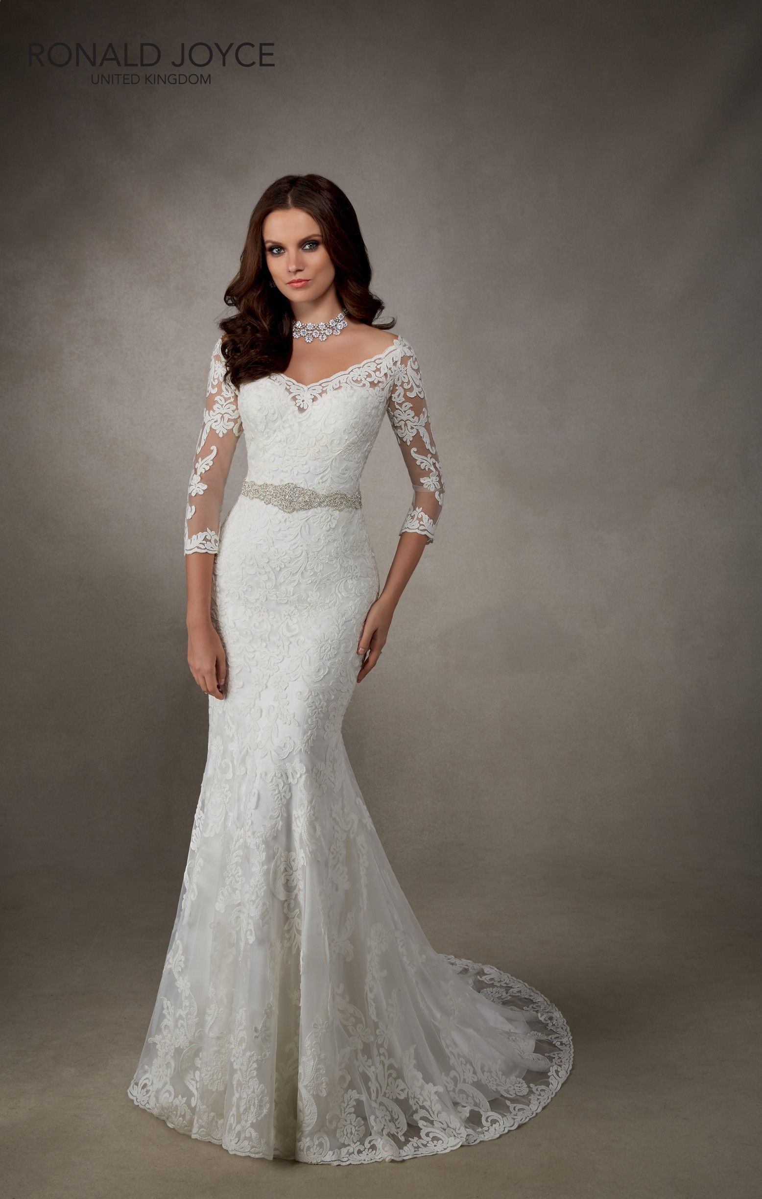 Wedding dresses for full figures  RONALD JOYCE INTERNATIONAL  Wedding dresses and bridal gowns
