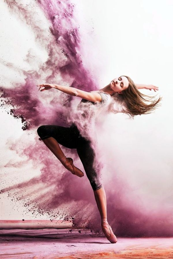 45 Powerful and Passionate Dance Demonstrations