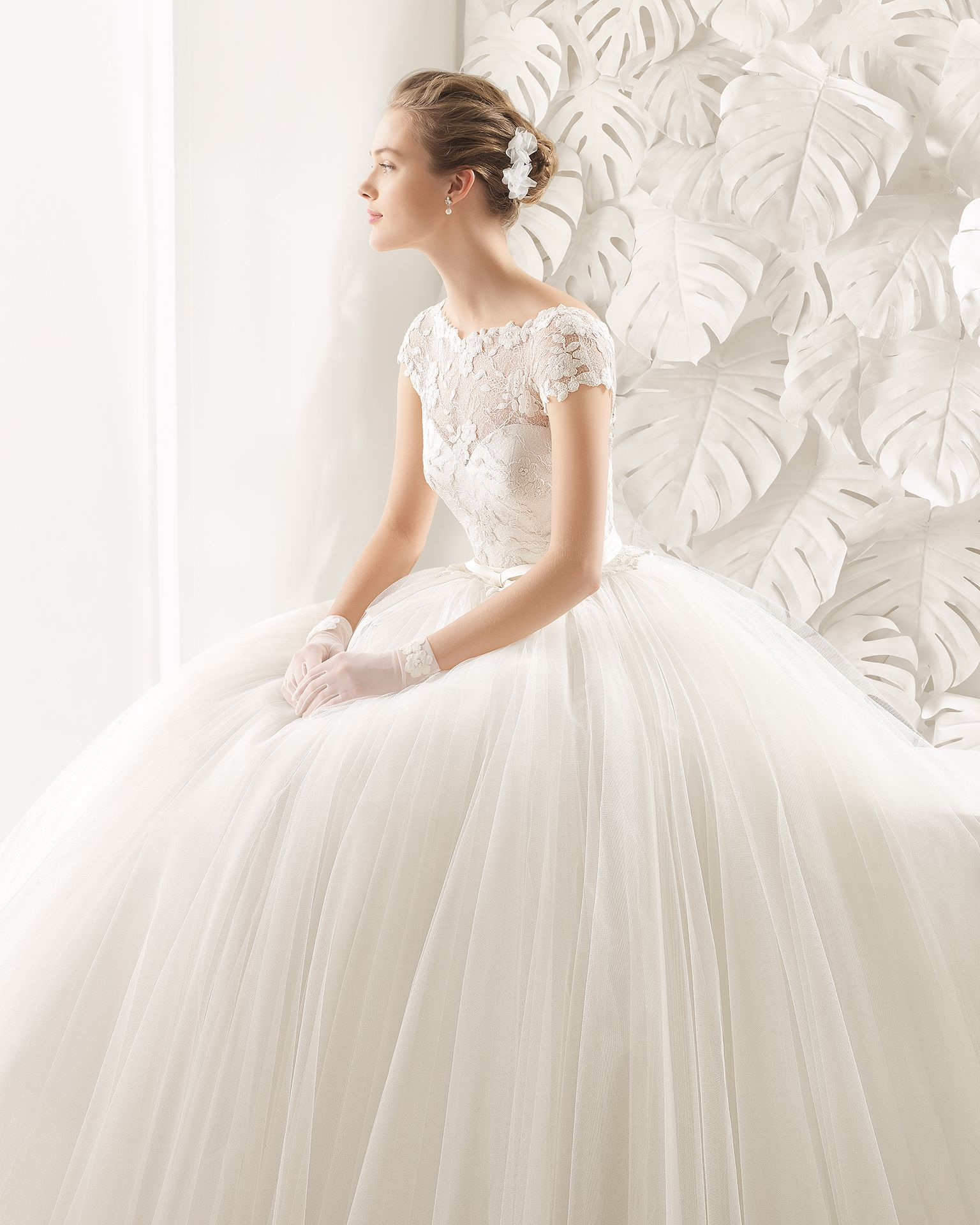 Neida bridal collection rosa clará lace wedding gowns
