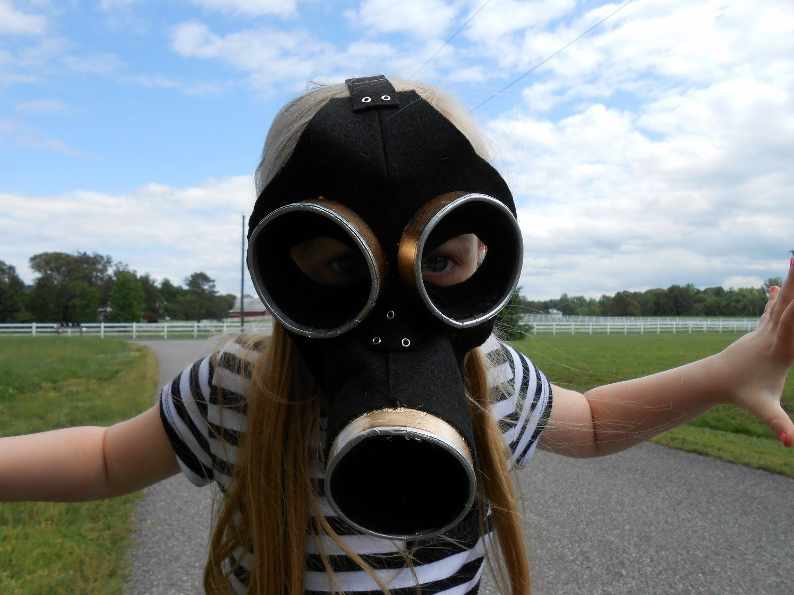 Empty Child Gas Mask | Masking, Tutorials and Cosplay