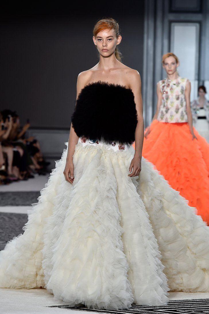 Pin for Later: Die 36 atemberaubendsten Kleider der Haute Couture Fashion Week in Paris Giambattista Valli Haute Couture Herbst/Winter 2015
