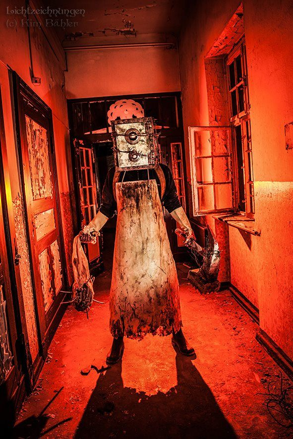 The Keeper  from Evil Within cosplay by Corroder Theacidbathkiller.