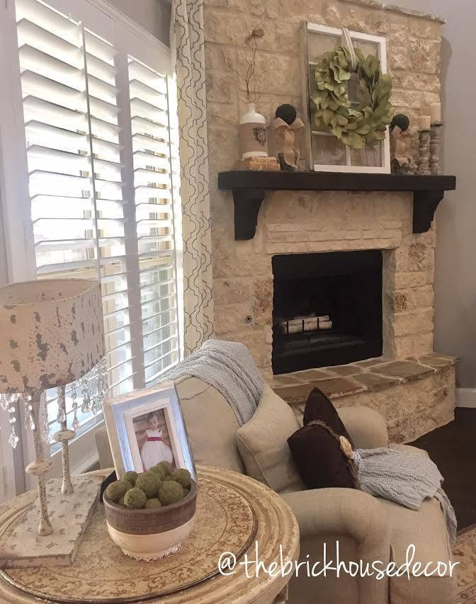 Living Room Decorating Ideas With Stone Fireplace Grey Sofa Mantle Decor Farmhouse Style Modern Magnolia Wreath Vintage Window