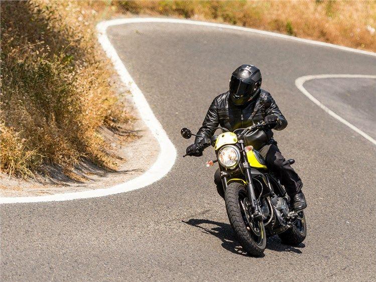 Scrambler+Ducati+Flat+Track+Pro+-+Hino+à+alegria