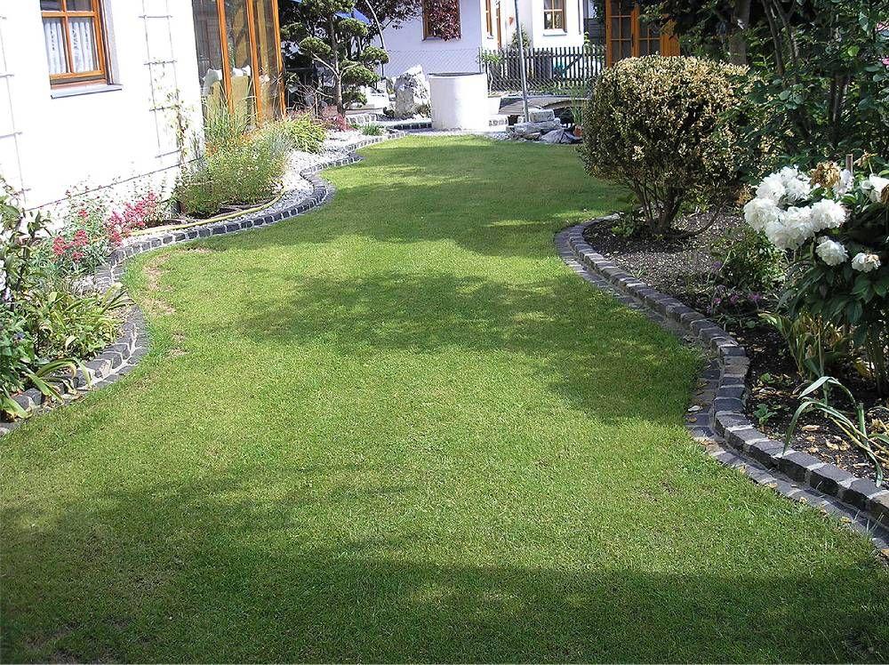 Einfassung Aus Granit Geschwungen Beeteinfassung Vorgarten Garten Garten Design