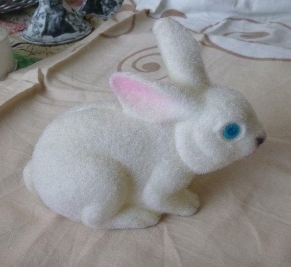 Adorable Vintage Flocked Bunny Bank White by PopcornVintageByTann