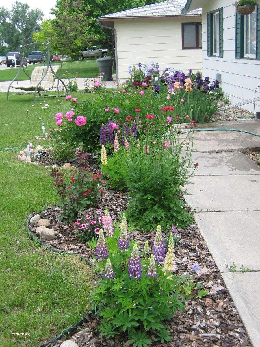 47 backyard ideas landscaping yards flower beds in 2020