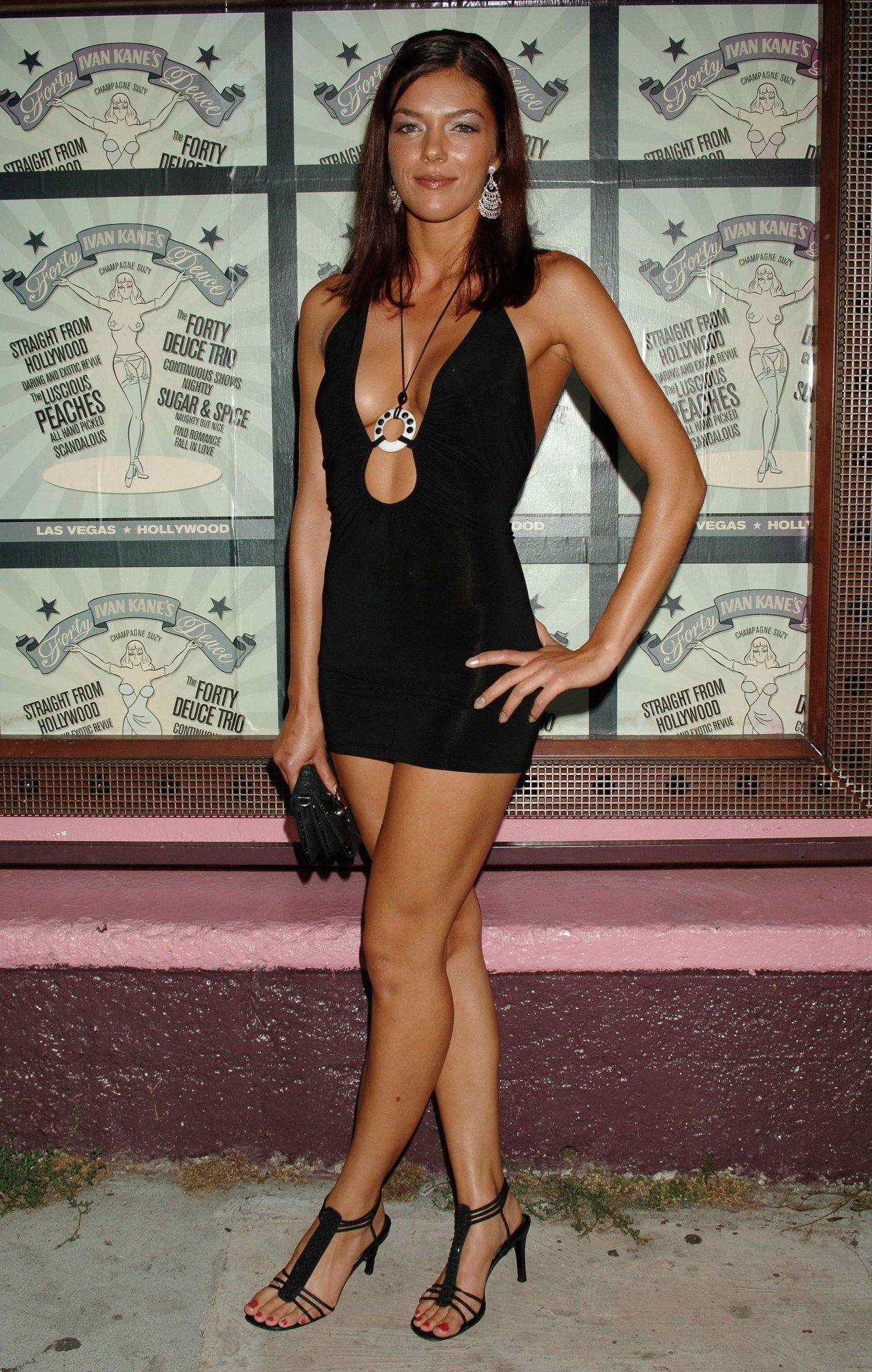 Adrianne Curry photos