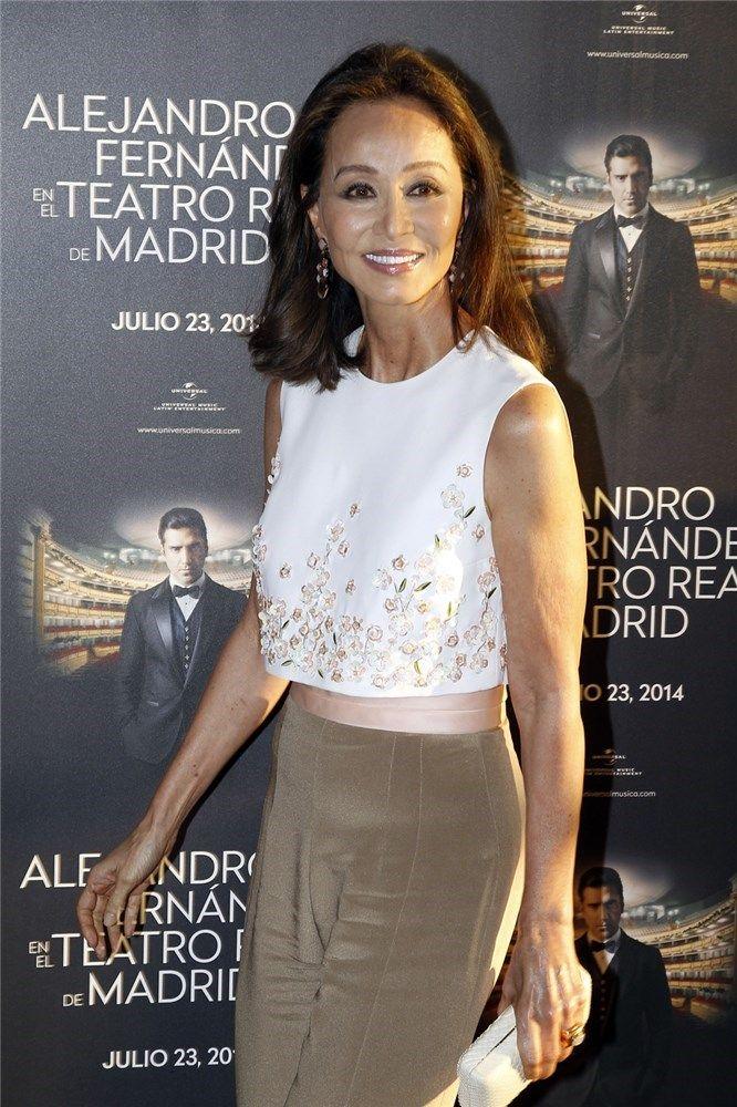 9c85604007 Isabel Preysler pone el  glamour  en el concierto de Alejandro ...
