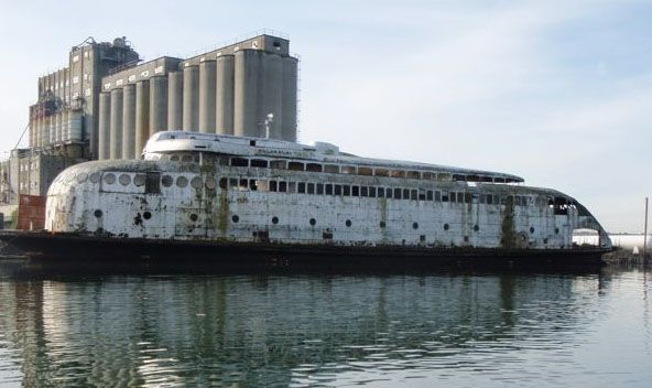 The Kalakala's website says the ship is up for sale for $1 or best