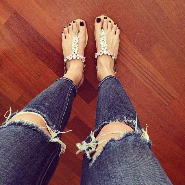 Chiara Ferragni in mysabella sandals. I want those. Desperately.