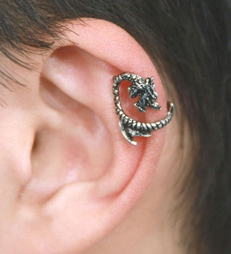 The Swedish Short-Snout Dragon Cartilage Earcuff- from MiraMarc.Collection