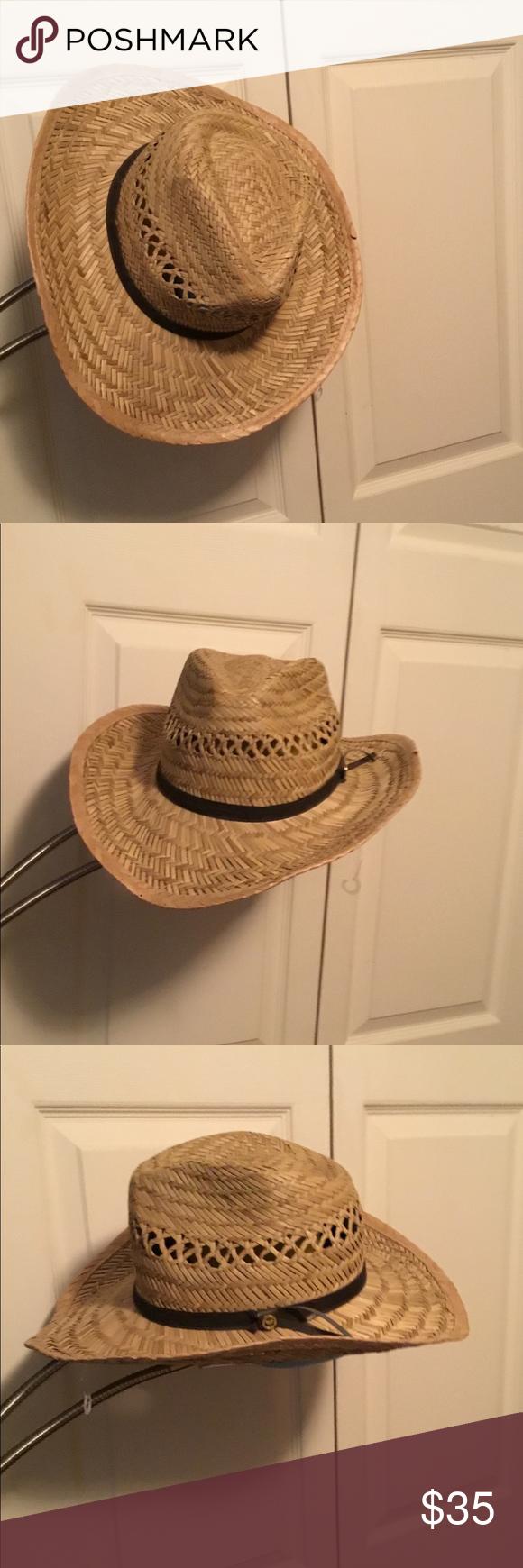 04ad64f7cddf2 Vintage Gold Coast Sunwear Straw Hat In good condition. I figure it s a  medium sized