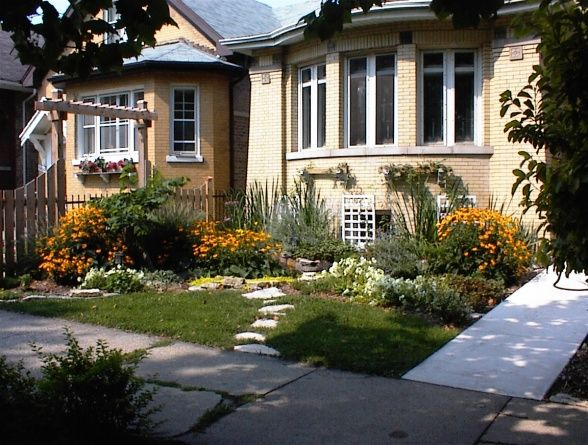Landscape Pleasing Composition Bungalow Landscaping Chicago