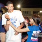 Anthony Davis His Sister Antoinette At The Airport After