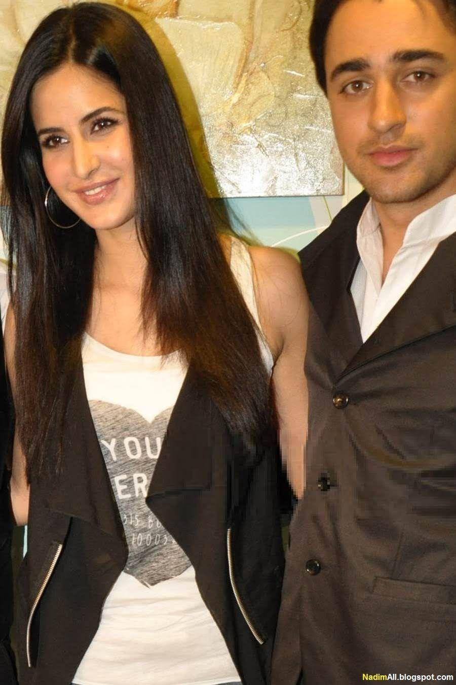 Katrina Kaif At Reality Show X Factor 2011 Katrina Kaif Priyanka Chopra Makeup Katrina