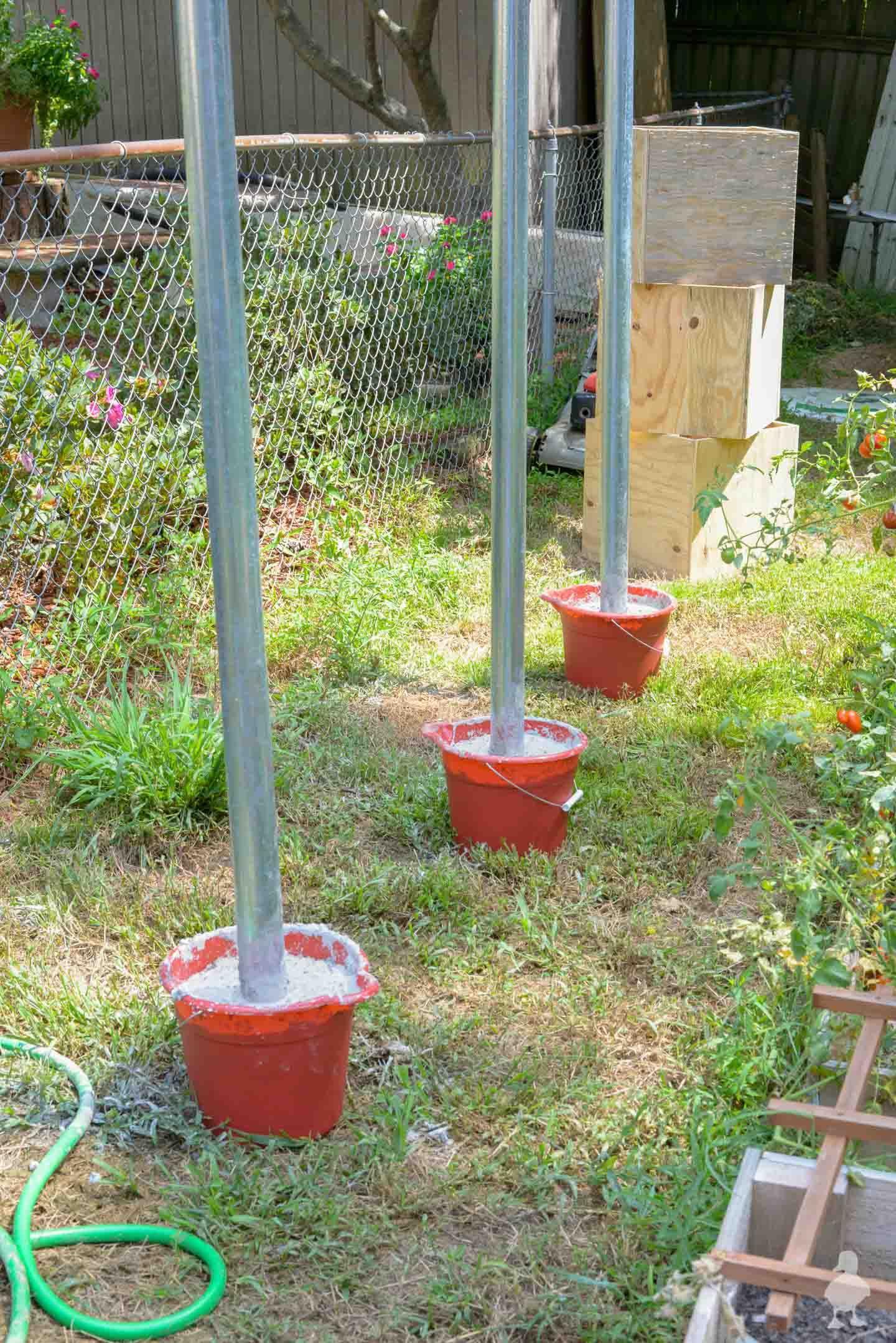 Diy Outdoor Light Pole Planters Around The Deck Diy Outdoor