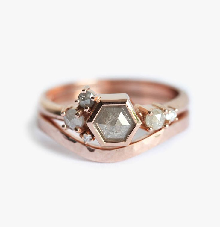 10 JawDropping Rose Gold Engagement Rings That You (Probably) Haven't Seen Before - Diamond cluster engagement ring, Morganite engagement ring vintage, Yellow gold engagement rings, Trending engagement rings, Natural diamond engagement ring, Unique engagement rings - It's that time of year again  That is, it's time to start thing about engagement rings, and the rose gold ring trend is still in full swing! Here are 10 rose gold beauties that you're going to want to have on your finger the second you see them! This stunning ring from DoronCohen is just …