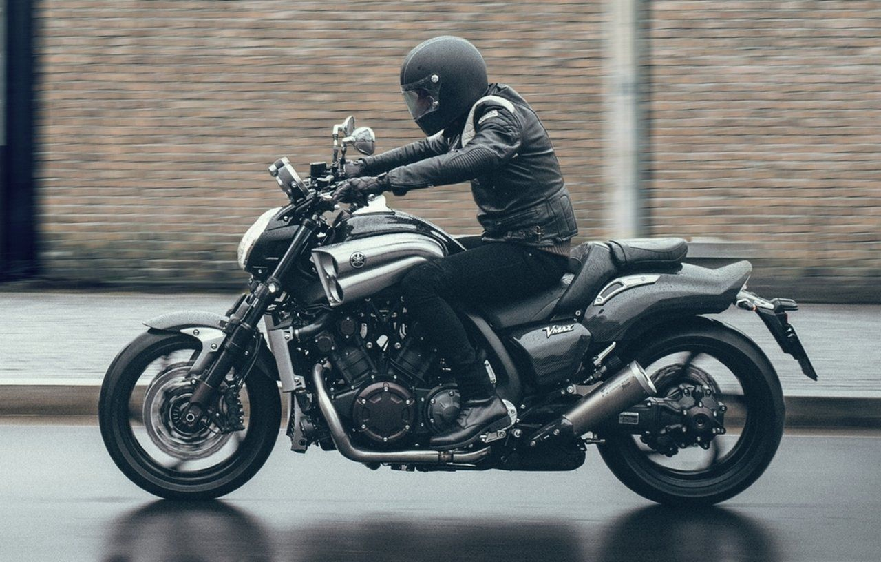 yamaha vmax 2015 yamaha v max yamaha v max carbon 2015 bikes pinterest. Black Bedroom Furniture Sets. Home Design Ideas