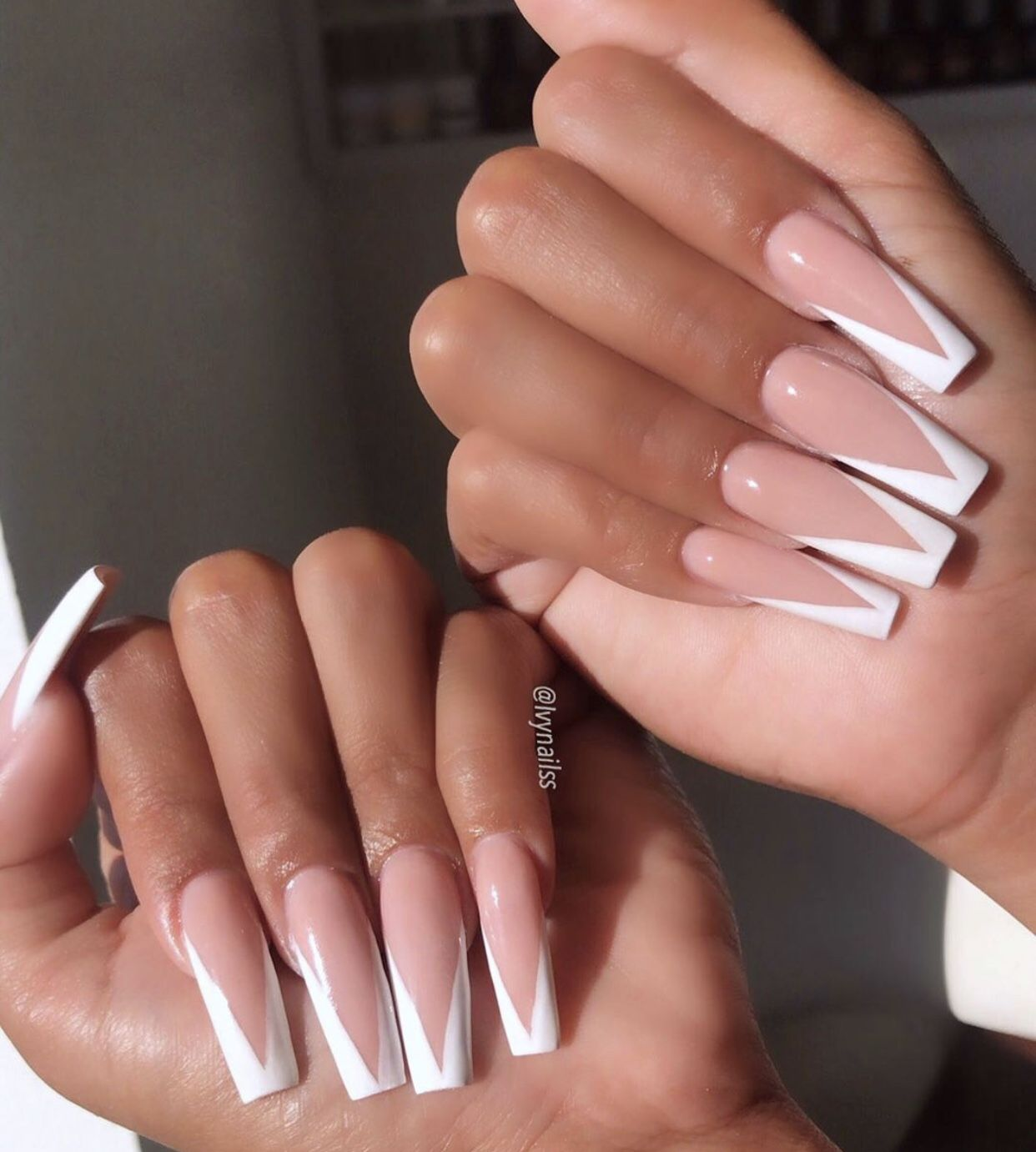 Pin By Kassy M On Nails In 2020 White Tip Acrylic Nails Long Square Acrylic Nails French Tip Acrylic Nails