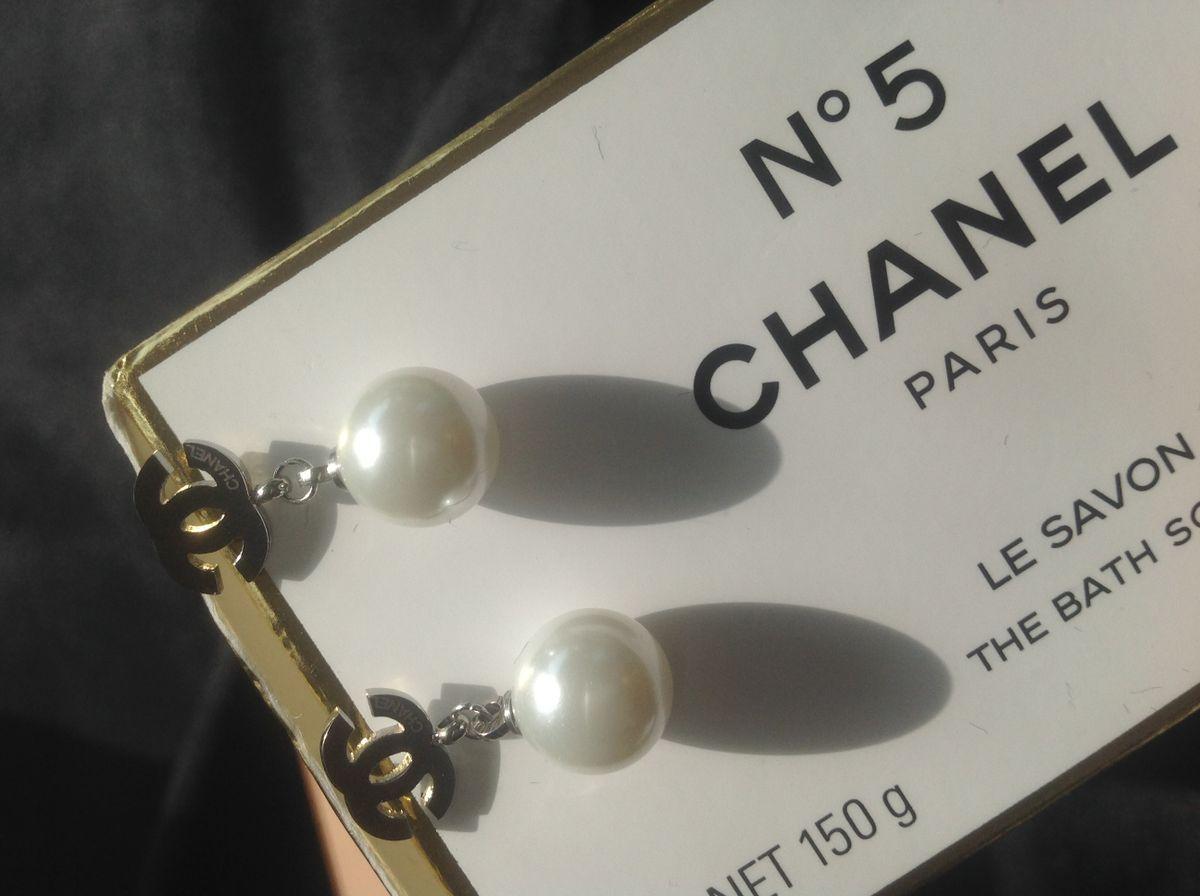 d8a544ff1f6f7 Chanel style No5 Handbag in 2019