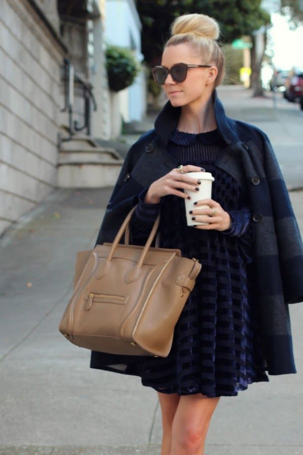 love, love, love navy as the presiding neutral. well-accented by the tan bag and dark nails.