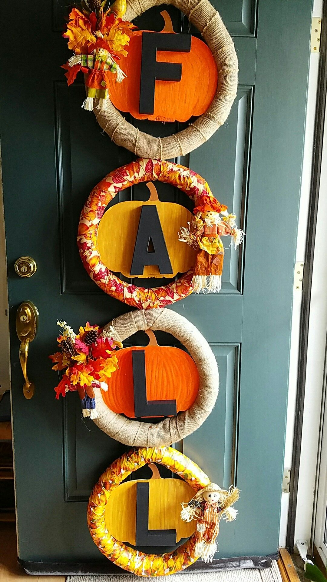 Wreath i made to hang on my front door. Fall decor