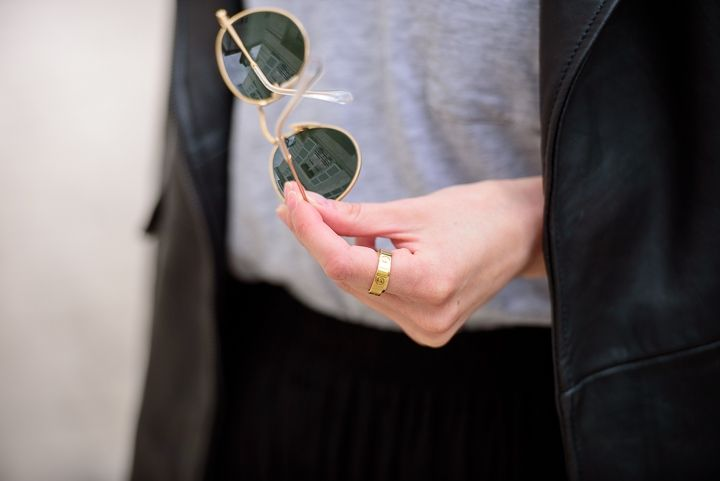 Ray Ban Round and Cartier Love ring