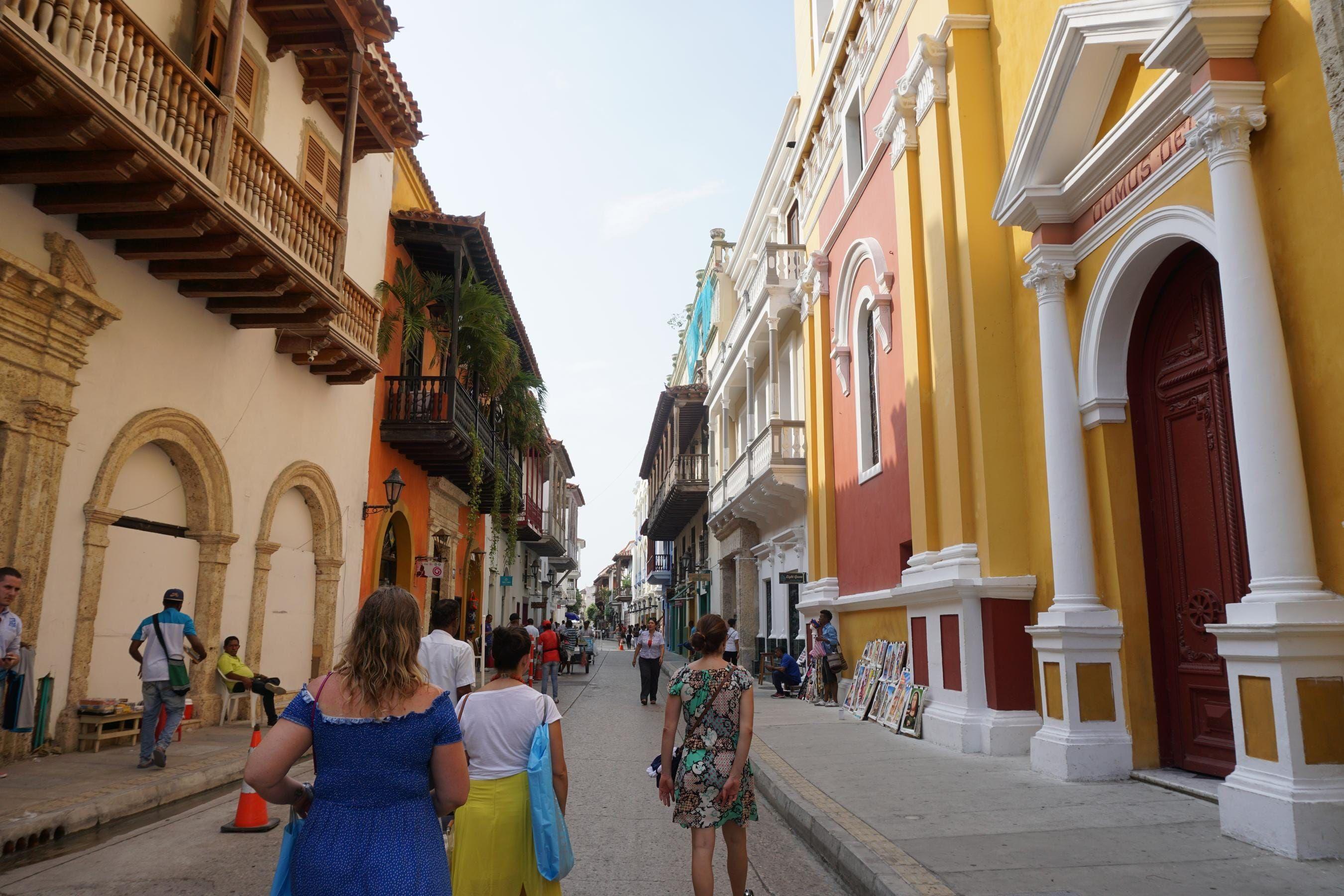 The Caribbean Destination That Looks Like a Disney Movie ...