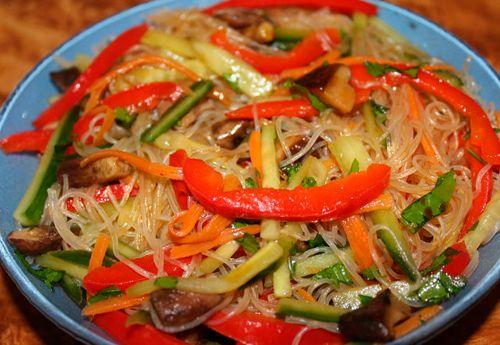 Салат из фунчозы с овощами рецепт пошагово в 70