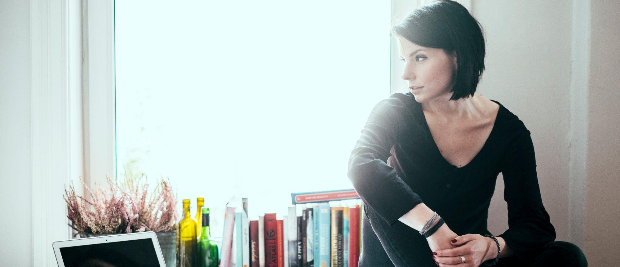Karla Paul ist Verlegerin von Edel E-Books und Gründerin von Edel & Electric. Sie bloggt unter Buchkolumne.de und gibt Buchtipps in Magazinen sowie der ARD. Ich habe sie gefragt, was sie #2016gelernt