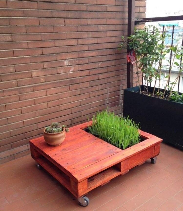 Gartentisch mit Rollen und Abteilungen Cosas con palets - holz gartenmobel pflegen
