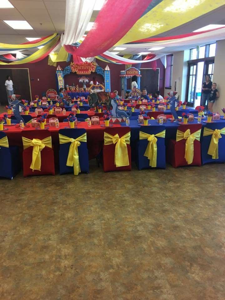 Carnival Theme Birthday Party Table Setting and Decor @ellisillusion ...