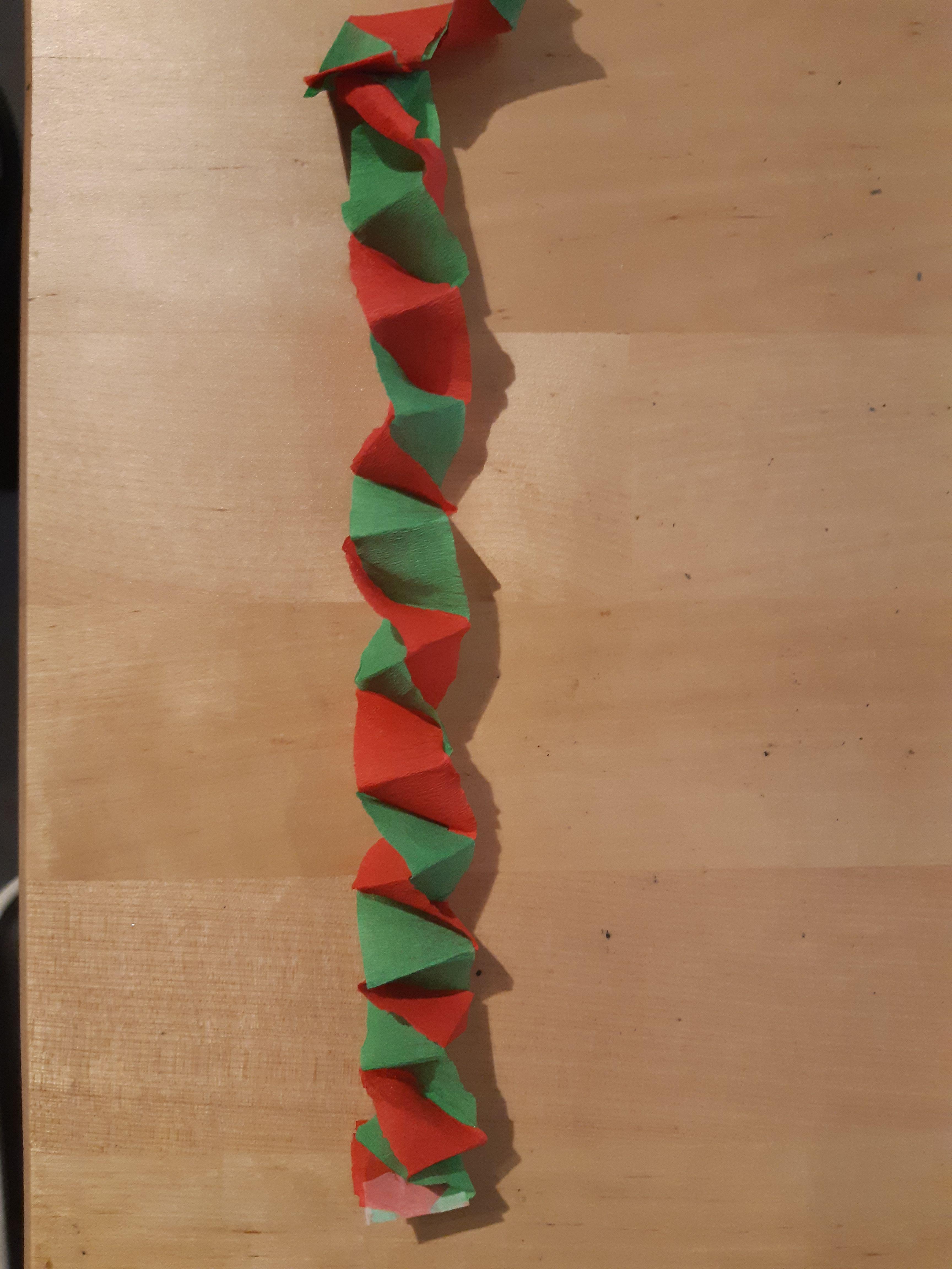 Une autre guirlande de Noël simple à réaliser avec du papier