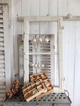 91cm antikes Fenster - SPROSSENFENSTER - Traumpatina