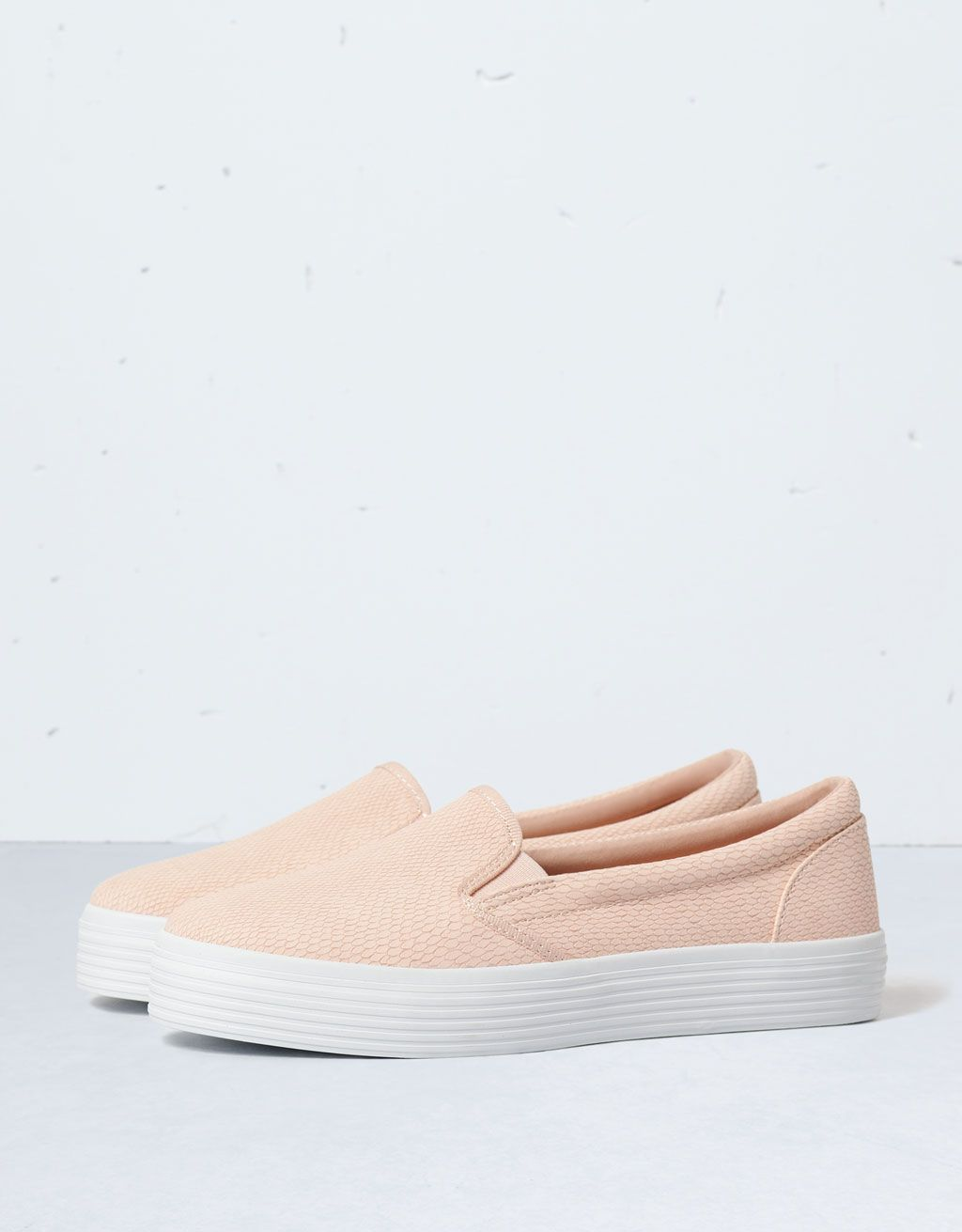 official photos 78adc 53346 Bershka slip-ons - Shoes - Bershka Serbia